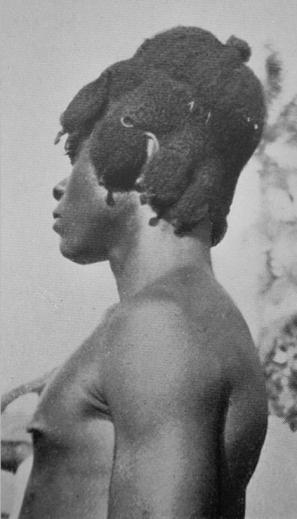 Northern side of the Igbo area. The photo was taken around the 1920s